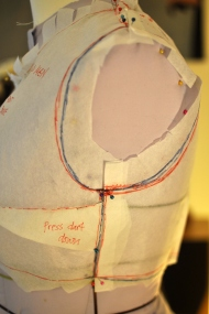 Making sure front and back bodice sides and shoulders align. Drawing in the armscye where I think it should be...